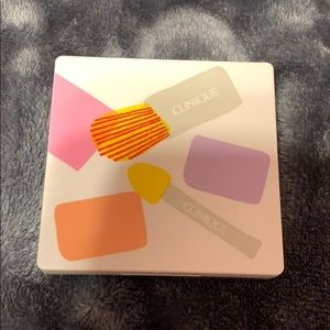 Clinique eyeshadow and blush NEW